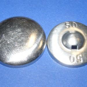 Fém gomb alap (3. méret/1 db), Gomb, Varrás, \nFém gomb alap (3. méret)\n\nA csomag tartalma 1 db behúzható fém (alumínium) gomb alap (alsó és felső..., Meska