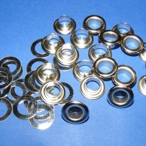 Fém ringli (Ø 7 mm/10 pár) - platinum, Csat, karika, zár, Mindenmás, \nFém ringli - platinum színben\n\nA csomag tartalma: 1 pár platinum színű fém ringli (egy ringli 2 rés..., Meska
