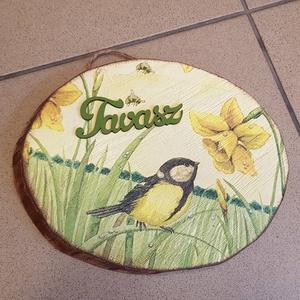 Fatörzs köszöntő tábla, Otthon & lakás, Dekoráció, Dísz, Lakberendezés, Falikép, Fatörzs szelet. Alapozása után, akril festékkel festettem és egy madárkás, tavaszi képpel díszítette..., Meska
