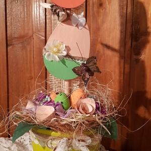 Tojásfa cserépben, Otthon & lakás, Dekoráció, Ünnepi dekoráció, Húsvéti díszek, 10cm-es fa tojásokat különböző színekkel festettem le és díszítettem csipke csíkkal, selyemvirággal,..., Meska