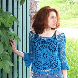 Mély türkiz horgolt nyári pulóver, Ruha & Divat, Női ruha, Pulóver & Kardigán, Horgolás, Selymes fényű, puha pamutfonálból horgoltam ezt a könnyű, nyári pulcsit. Hálós mintájával, 3/4-es li..., Meska
