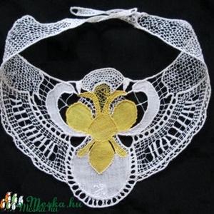 Varrottcsipke nyakék (Hungarian needle lace) (csipkevarro) - Meska.hu