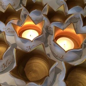 Esküvői köszönetajándék, ültető 30 db/csomag., Esküvő, Esküvői dekoráció, Meghívó, ültetőkártya, köszönőajándék, Kerámia, Festett tárgyak, Figyelem! Csak megrendelésre!\nElkészülési idő: 4-8 hét!\n\nEz a csomag 30 db virágmécsest tartalmaz! ,..., Meska