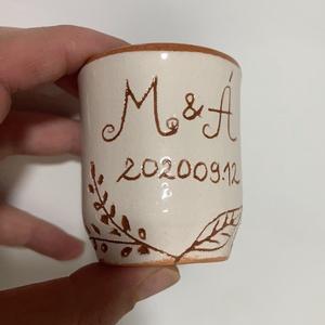 Pálinkás pohárka, Köszönőajándék, Emlék & Ajándék, Esküvő, Kerámia, Pálinkás pohárka egyedi megrendelésre!\nVálasztható forma, szín, dekor, felirat!\n\nA pohárka  kb. 4 cl..., Meska