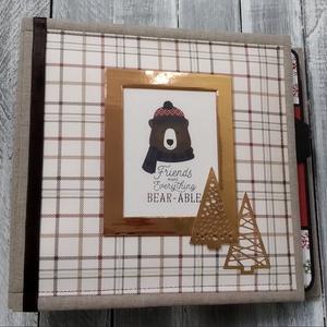 Carta Bella Christmas Pop Up - Fotóalbum, Egyéb, Csináld magad leírások, Papírművészet, Az album elkészítéséhez a Carta Bella gyártó Cabin Fever nevű papírját használtam. Az album elejét a..., Meska