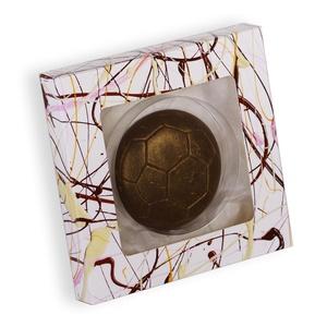 Csokoládé Focilabda, Édességek, Kulinária (élelmiszer), Férfiaknak, Hagyományőrző ajándékok, Élelmiszer előállítás, Dobozméret: 153 X 153 X 23 mm\nAnyaga: Kiváló minőségű Belga étcsokoládé (kakaómassza, cukor, kakaóva..., Meska