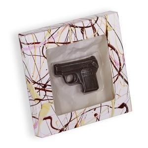 Csokoládé Pisztoly, Kulinária (élelmiszer), Férfiaknak, Édességek, Hagyományőrző ajándékok, Játék vízi pisztoly alapján készítettük, de a csoki-pisztoly annyira valósághű lett, hogy elgondolko..., Meska