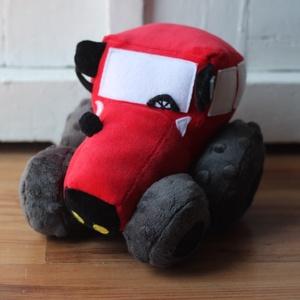 Kicsi Plüss traktor (Bármilyen színben), Játék & Gyerek, Plüssállat & Játékfigura, Autó & Motor, Varrás, Plüssből készült MTZ traktor. Saját szabásminta alapján. 15 centi magas, 15 centi széles a kerekeiné..., Meska