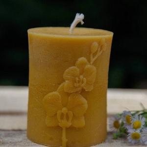 Henger orchideával , Otthon & Lakás, Dekoráció, Gyertya & Gyertyatartó, A méz illatát, a méhek szorgalmát , a nyári nap ☀️ melegét... és szívből jövő szeretetet ❤️ rejti ma..., Meska