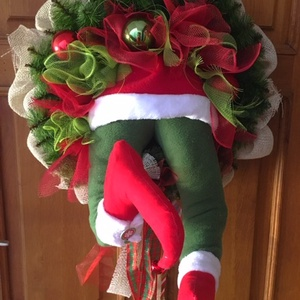 Grincs kopogtató, Otthon & Lakás, Karácsony & Mikulás, Karácsonyi kopogtató, Virágkötés, Varrás, Egyedi tervezésű és kivitelezésű kopogtatót készítettem. Piros zöld klasszikus szín kombinációban.\nN..., Meska