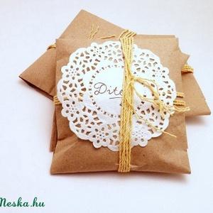 Fehér rózsa (cuorah) - Meska.hu