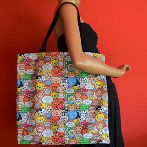 Színes majmos nagyméretű vászontáska fekete pánttal, Táska & Tok, Bevásárlás & Shopper táska, Shopper, textiltáska, szatyor, Varrás, Nagyméretű vászontáska / bevásárlótáska, színes majom mintával, fekete pánttal, belül kulcstartóval...., Meska