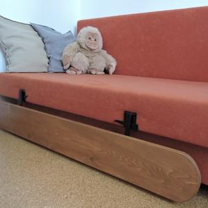 Lehajtható leesésgátló gyerekágyra, Bútor, Otthon & lakás, Ágy, Fémmegmunkálás, \nÁgyra szerelhető festett fém vasalat-pár, amelyre tetszőleges méretű fa/bútorlap darab rögzíthető, ..., Meska
