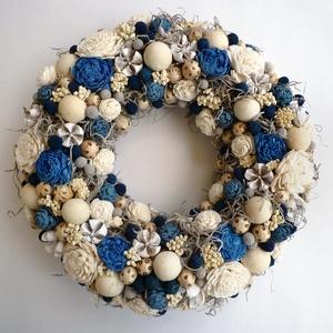 Kék natúr ajtódísz , Otthon & lakás, Lakberendezés, Ajtódísz, kopogtató, Virágkötés, Vidám koszorú száraz virágokból és termésekből, kék és natúr színben . Ajtódísz ( kopogtató ) vagy f..., Meska