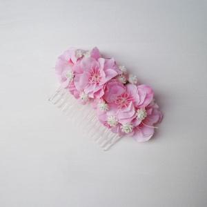 Hajdísz rózsaszín, Esküvő, Hajdísz, ruhadísz, Vidám rózsaszín hajdísz, melyet fésű alapra készítettem.  Személyesen átvehető Budapesten pl. X. ker..., Meska