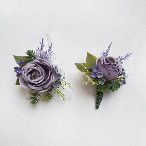 Esküvői selyemvirág szett kitűző és kardísz levendula, Kitűző, Kiegészítők, Esküvő, Virágkötés, Esküvői stílusú selyemvirág szett. Kitűző alapra és ekrü gumis kardísz pántra készítettem.\nVőlegény ..., Meska