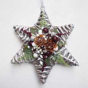 Csillag alakú ajtódísz ablakdísz bordó ezüst, Karácsony & Mikulás, Karácsonyi kopogtató, Virágkötés, Fonott csillagra készült ünnepi dísz, ajtóra vagy ablakba.  kb. 25-26 cm. (3db van készleten ebből a..., Meska