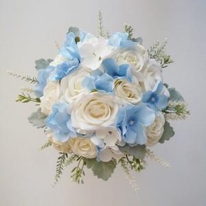 Kis kék hortenziás menyasszonyi csokor, Esküvő, Menyasszonyi- és dobócsokor, Menyasszonyi- és dobócsokor, Virágkötés, Elegáns esküvői örökcsokor, kék selyem hortenziából, fehér bazsarózsából, rózsából  és nyuszifül lev..., Meska