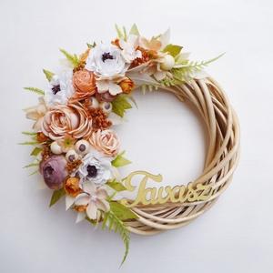 Tavaszi rózsás ajtódísz koszorú , Otthon & Lakás, Dekoráció, Ajtódísz & Kopogtató, Virágkötés, 21 cm átmérőjű kedves tavaszi koszorú, \'Tavasz\' felirattal. Natúr fűzfa alapra készítettem selyem ró..., Meska