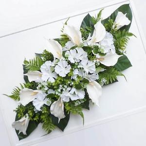 Esküvői kálás főasztaldísz , Esküvő, Dekoráció, Asztaldísz, Virágkötés, Örökvirág főasztaldísz kálával és hortenziával és rezgővel. Egyedi, hosszúkás asztaldísz nagy zöld l..., Meska