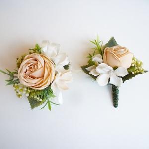 Esküvői selyemvirág szett kitűző és kardísz púder, Kitűző, Kiegészítők, Esküvő, Virágkötés, Esküvői stílusú púder rózsaszín selyemvirág szett. Kitűző alapra és gumiszalag alapra készítettem.\n*..., Meska