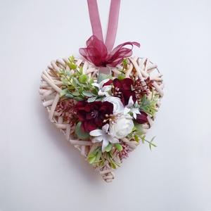Szív alakú ajtódísz ablakdísz bordó , Karácsony, Adventi díszek, Adventi ajtódísz, Virágkötés, Meska