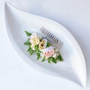 Rózsás greenery menyasszonyi hajdísz , Esküvő, Hajdísz, Fésűs hajdísz, Virágkötés, Meska