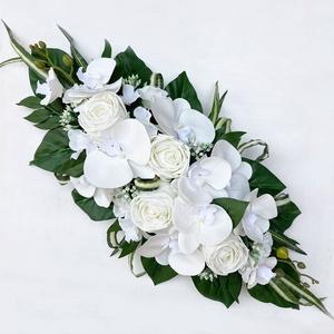 Fehér örökvirág főasztaldísz orchideával - Meska.hu