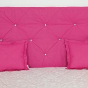 Pink pamut strassz gombos falvédő, Falvédő, Lakástextil, Otthon & Lakás, Varrás, Egyedi tervezésű strassz gombokkal díszített pamut falvédő.\nEgyedibbé, vidámabbá és egyben komfortos..., Meska