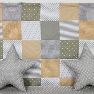 Szürke-drapp patchwork falvédő (decokid) - Meska.hu