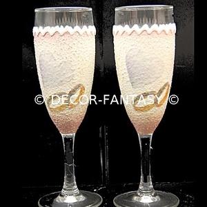 Egyedi NÉVRE szólóan és SAJÁT FOTÓVAL  is elkészíthető minőségi  pezsgős poharak ( legény -és leány búcsúra -esküvőre ), Tálalás, Dekoráció, Esküvő, Decoupage, transzfer és szalvétatechnika, Ideális ajándék eljegyzésre, házasságkötésre, nászajándékba, évfordulóra, szülinapra, névnapra. \n\n\nA..., Meska