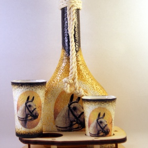 Ló motívummal díszített  pálinkás szett II. ( 0,2 l üveg+2x50 ml pohár +tartó ) , Otthon & Lakás, Díszüveg, Dekoráció, Decoupage, transzfer és szalvétatechnika, Meska