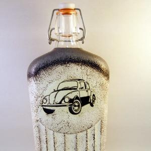 VOLKSWAGEN csatosüveg - VWBogár ; Saját Volkswagen autód fényképével is!, Díszüveg, Dekoráció, Otthon & Lakás, Decoupage, transzfer és szalvétatechnika, VOLKSWAGEN csatosüveg -VW Bogár ( 0,5 l )  \n\nA saját Volkswagen autód fényképével is!\nAjándék szülin..., Meska