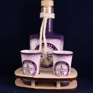UTE emblémával díszített kis pálinkás szett ( 0,2 l dugós üveg + 2x45 ml pohár + tartó ) , Férfiaknak, Sör, bor, pálinka, Focirajongóknak, Otthon & lakás, Konyhafelszerelés, Decoupage, transzfer és szalvétatechnika, IDEÁLIS AJÁNDÉK  a márka rajongóinak !\n\nEGYEDI  FOTÓVAL ( pl . saját autó )  és szöveggel is eltudju..., Meska