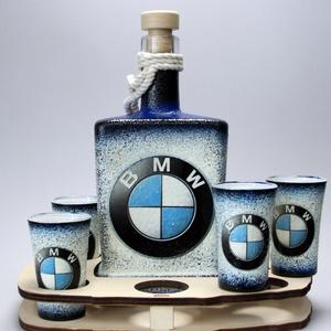 BMW emblémával díszített italos szett (üveg 0,5l+6x45ml pohár+fatartó)a márka szerelmeseinek - férjeknek -barátoknak , Üveg & Kancsó, Konyhafelszerelés, Otthon & Lakás, Decoupage, transzfer és szalvétatechnika, IDEÁLIS EGYEDI AJÁNDÉK A MÁRKA SZERELMESEINEK  !!\n\nA vásárlói visszajelzések alapján elmondhatjuk, h..., Meska