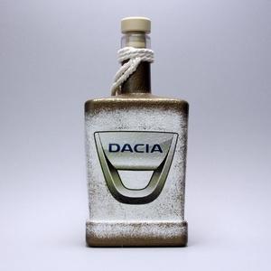 DACIA pálinkás kínáló ; autó rajongóknak, Otthon & Lakás, Díszüveg, Dekoráció, Decoupage, transzfer és szalvétatechnika, DACIA pálinkás kínáló ; autó rajongóknak (0,5l) a márka szerelmeseinek -  Igazán egyedi Dacia ajánd..., Meska