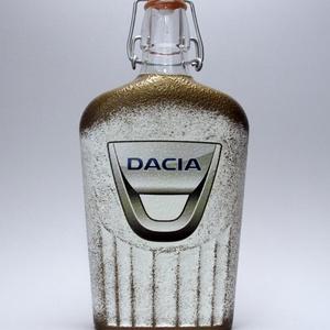 DACIA pálinkás csatosüveg ; autó rajongóknak, Otthon & Lakás, Díszüveg, Dekoráció, Decoupage, transzfer és szalvétatechnika, Meska