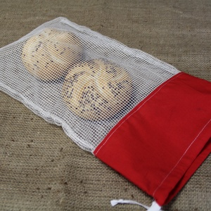Cicás piros-fehér bevásárlózsák (24x40cm)-ÖKO környezetbarát anyagból háziasszonyoknak,-INGYENES SZÁLLÍTÁSSAL - táska & tok - bevásárlás & shopper táska - zöldség/gyümölcs zsák - Meska.hu