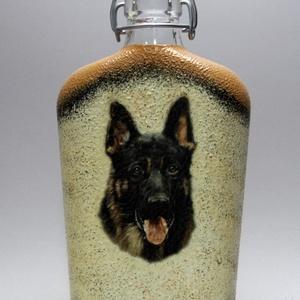 Kutya motívummal ( németjuhász) díszített pálinkás üveg  ; Házi kedvenc rajongóknak ;Egyedi állat fotóval is ! - Meska.hu