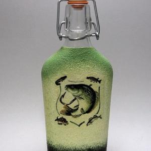 Horgász- hal motívummal díszített -pálinkás üveg . A horgászat szerelmeseinek . Saját fogások fotóival is !, Otthon & Lakás, Konyhafelszerelés, Üveg & Kancsó, Horgász- hal motívummal díszített -pálinkás üveg(0,2 l) A horgászat szerelmeseinek . Saját fogások f..., Meska