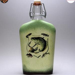 Horgász-  hal motívummal díszített -pálinkás üveg . A horgászat szerelmeseinek . Saját fogások fotóival is !, Otthon & Lakás, Konyhafelszerelés, Üveg & Kancsó, Horgász- hal motívummal díszített -pálinkás üveg(0,5 l) A horgászat szerelmeseinek . Saját fogások f..., Meska