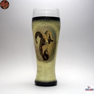 Vadász- mufflon motívummal díszített -sörös pohár . A vadászat szerelmeseinek . Saját trófeák fotóival is !, Otthon & Lakás, Konyhafelszerelés, Pohár, Decoupage, transzfer és szalvétatechnika, Meska