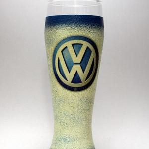 VOLKSWAGEN sörös pohár ; Saját Volkswagen autód fényképével is!, Otthon & Lakás, Konyhafelszerelés, Pohár, Decoupage, transzfer és szalvétatechnika, VOLKSWAGEN sörös pohár ( 0,5l )\n\nA saját Volkswagen autód fényképével is elkészítjük!\nAjándék szülin..., Meska