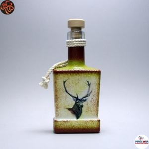 Vadász - szarvas képpel - italos üveg ; A vadászat szerelmeseinek , Otthon & Lakás, Dekoráció, Díszüveg, Decoupage, transzfer és szalvétatechnika, Vadász - szarvas képpel - italos üveg ( 0,2l ) \nA vadászat és természet szerelmeseinek .\nSaját trófe..., Meska