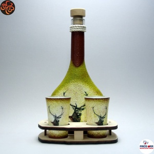 Vadász - szarvas motívummal - ital kínáló, Otthon & Lakás, Dekoráció, Díszüveg, Vadász - szarvas motívummal - ital kínáló  ( 0,2l + 2 x 45ml +fatartó )   A VADÁSZAT ÉS A TERMÉSZET ..., Meska