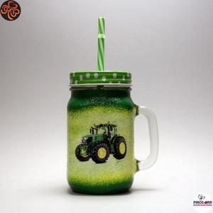Kis gazda szívószálas pohár ; Saját John Deere traktorod fényképével is!, Otthon & Lakás, Konyhafelszerelés, Pohár, Decoupage, transzfer és szalvétatechnika, John Deere szívószálas pohár, bögre ( 0,3l )\n\nSaját John Deere traktorod fényképével is!\nIgazi egyed..., Meska