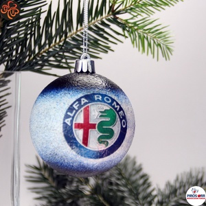 Karácsonyfadísz Alfa Romeo ; Ajándék férfi, fiú, barát Alfa Romeo rajongók részére, Karácsony & Mikulás, Karácsonyfadísz, Decoupage, transzfer és szalvétatechnika, Karácsonyfadísz Alfa Romeo emblémával 7,5 cm ; Ajándék férj, barát, nagyapa részére\n\nIgazán egyedi A..., Meska