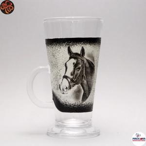 Ló - lovas kávés pohár ; Lovak kedvelőinek, Otthon & Lakás, Konyhafelszerelés, Pohár, Decoupage, transzfer és szalvétatechnika, Ló - lovas Latte-s, kávéspohár  ; Lovak kedvelőinek ( 0,26 l );\nA lovaglás szerelmeseinek . Saját lo..., Meska