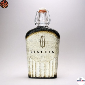 Lincoln emblémás csatosüveg ; amerikai autó kedvelő férfiaknak, Otthon & Lakás, Konyhafelszerelés, Pohár, Decoupage, transzfer és szalvétatechnika, Lincoln emblémás csatosüveg  ; amerikai autó kedvelő férfiaknak ( 0,5l )\n\nIgazán egyedi ajándék, fér..., Meska