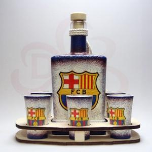 FC Barcelona italos készlet ; Barcelona futball szurkolóknak, Otthon & Lakás, Dekoráció, Díszüveg, Decoupage, transzfer és szalvétatechnika, FC Barcelona italos készlet ( 0,5l + 6x 45ml + fatartó ) \n\nA saját foci csapatod  fotójával is elkés..., Meska